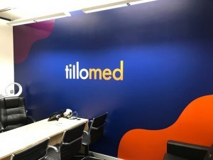 Cut vinyl lettering and shapes